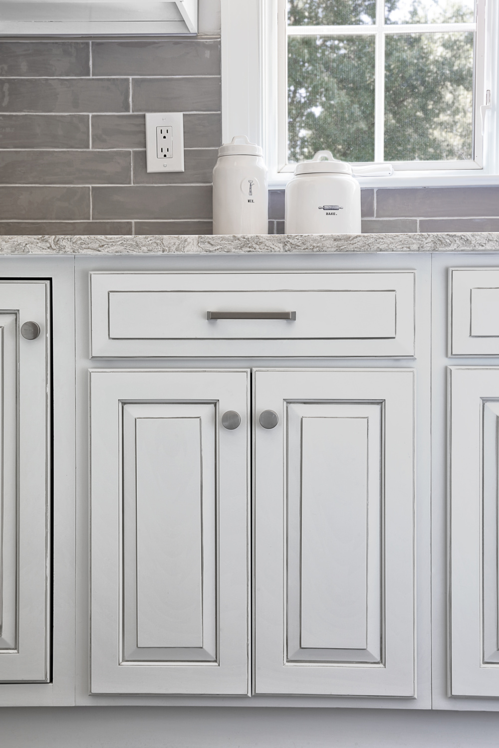 White Kitchen Cabinets With Gray Glaze White with gray glaze base   Love Your Room
